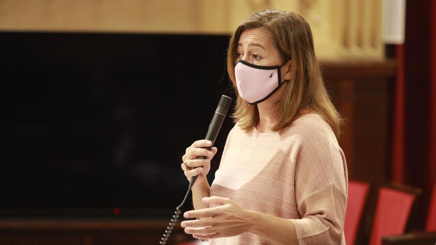 Los políticos saben mucho de virus | Por Matías Vallés