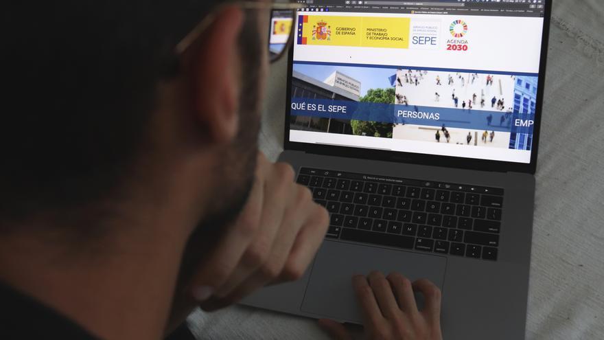 El SEPE anuncia un plan de choque en marzo para poner al día las prestaciones