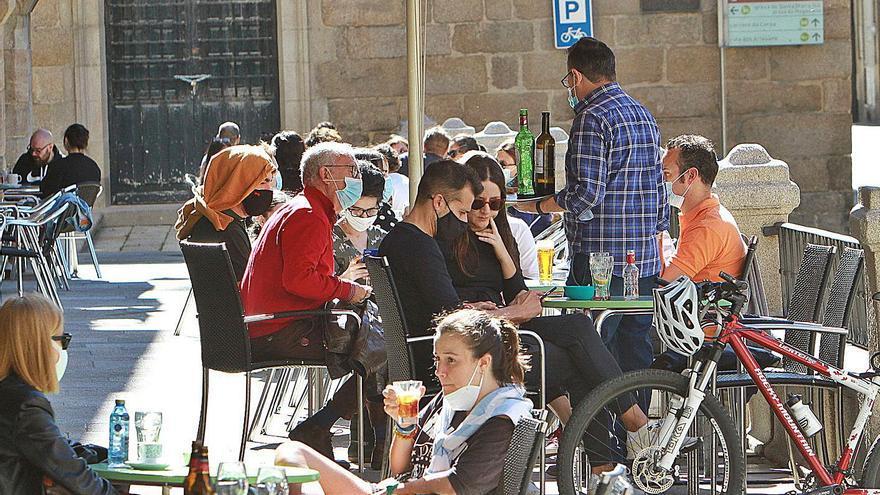 """Hablan los juristas gallegos: """"Sin una ley estatal no es posible el toque de queda ni los cierres perimetrales"""""""