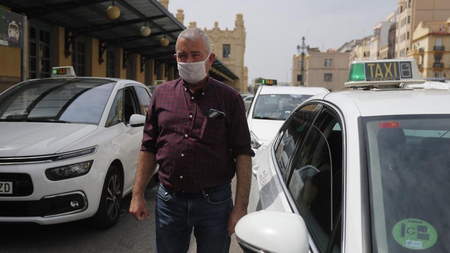 Movilidad suministrará mamparas de protección a los taxis