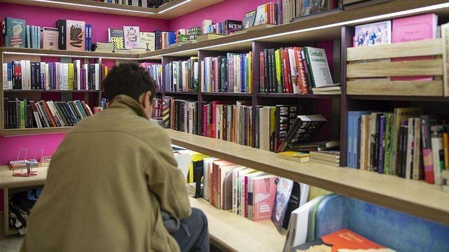 Las bibliotecas municipales zaragozanas unen fuerzas para acercar la lectura a los adolescentes