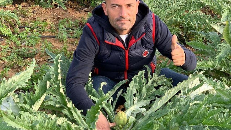 Raúl Resino enfrenta la alcachofa de Benicarló contra el mar de Castellón en un menú único