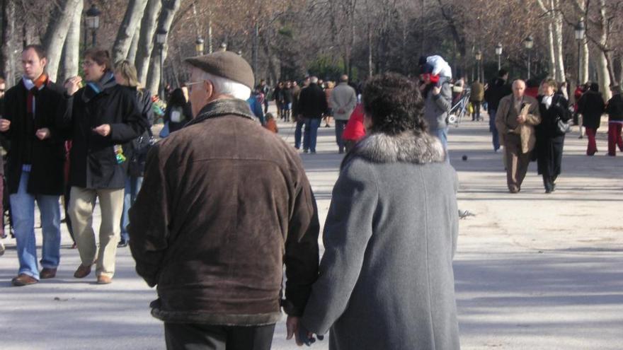 El Govern del PP elimina l'ajuda de 200 euros als jubilats per pagar subministraments bàsics