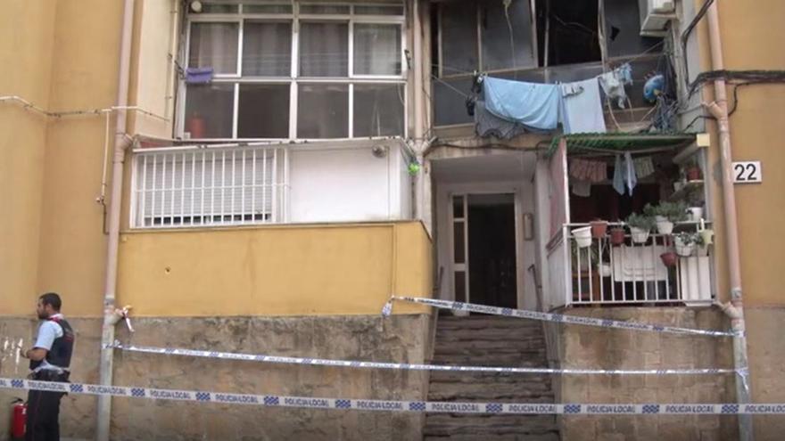 El després de l'edifici incendiat a Olesa de Montserrat