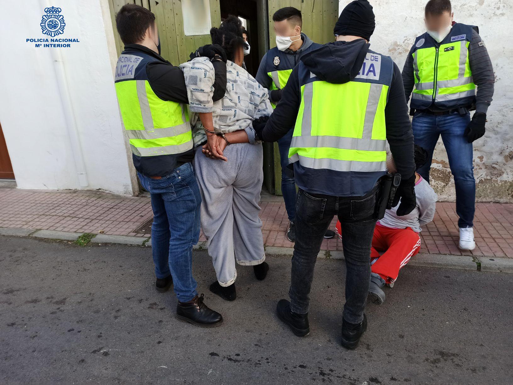 La Policía desmantela en Menorca una organización que obligaba a menores a prostituirse