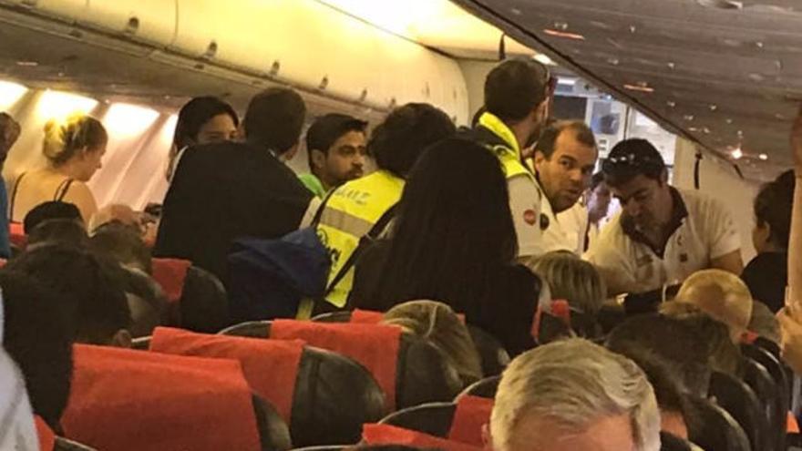 Un vuelo entre Barcelona y Gran Canaria, desviado por emergencia médica