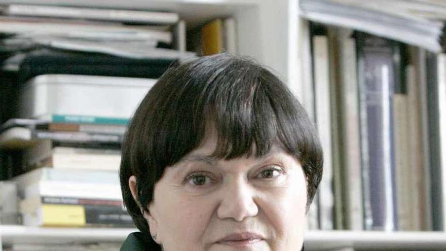 La académica Margarita Ledo, primera mujer que gana el Premio Otero Pedrayo