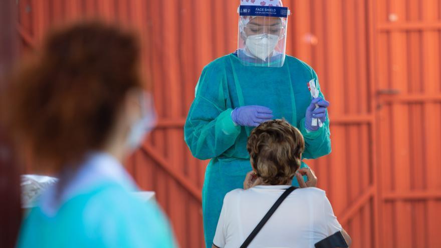 La Marina Baixa registra el mayor aumento de contagios y de muertes con covid de toda la pandemia