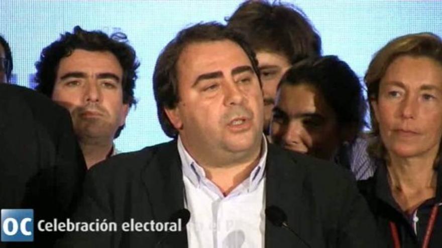 Carlos Negreira celebra los resultados de las elecciones