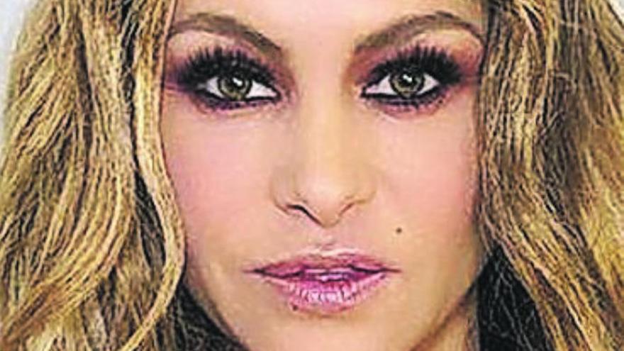 Fiestas negocia la actuación de Paulina Rubio en la gala de la reina