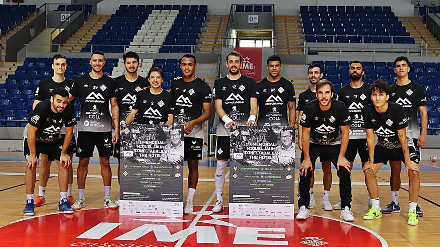 El Palma Futsal se presenta ante su afición en el 'I Memorial Miquel Jaume'