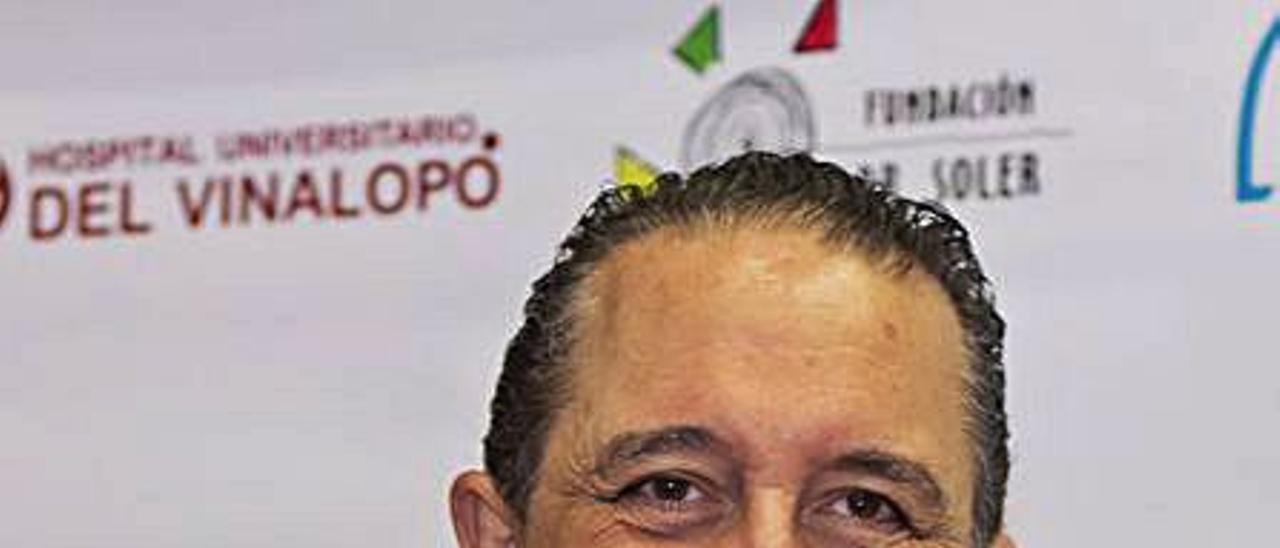 El doctor Fernando Soler, ayer.  | INFORMACIÓN