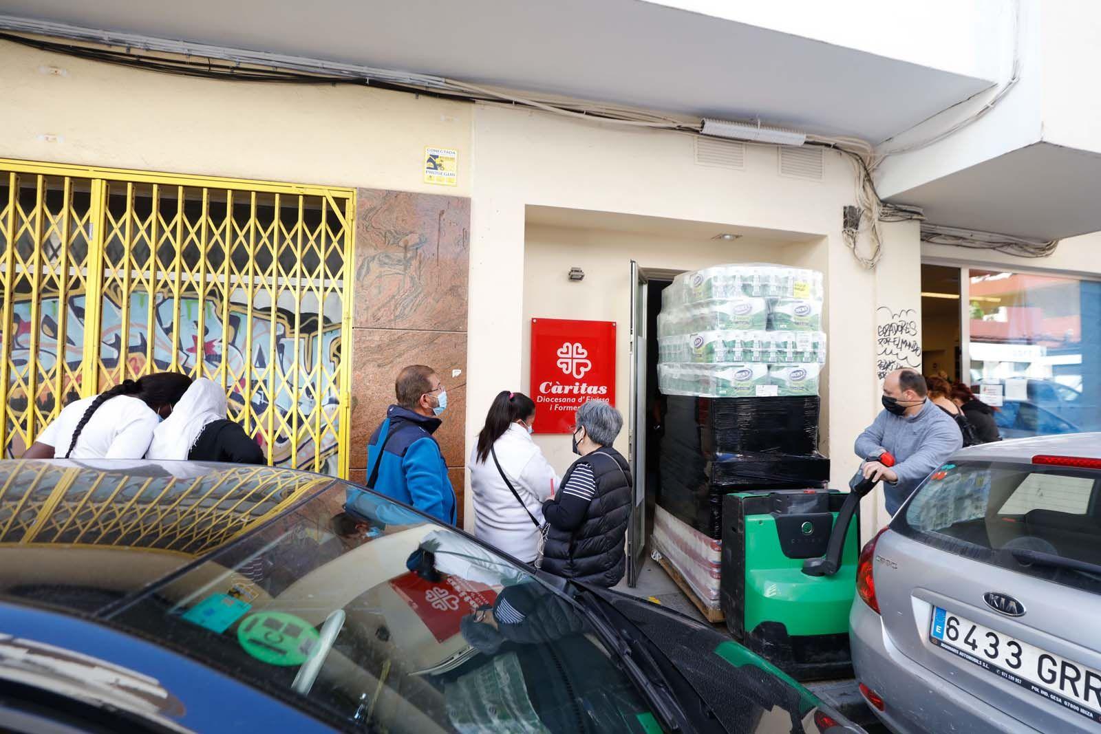 «El 50% de las 3.000 personas que atendió Cáritas Ibiza en 2020 son usuarios nuevos»