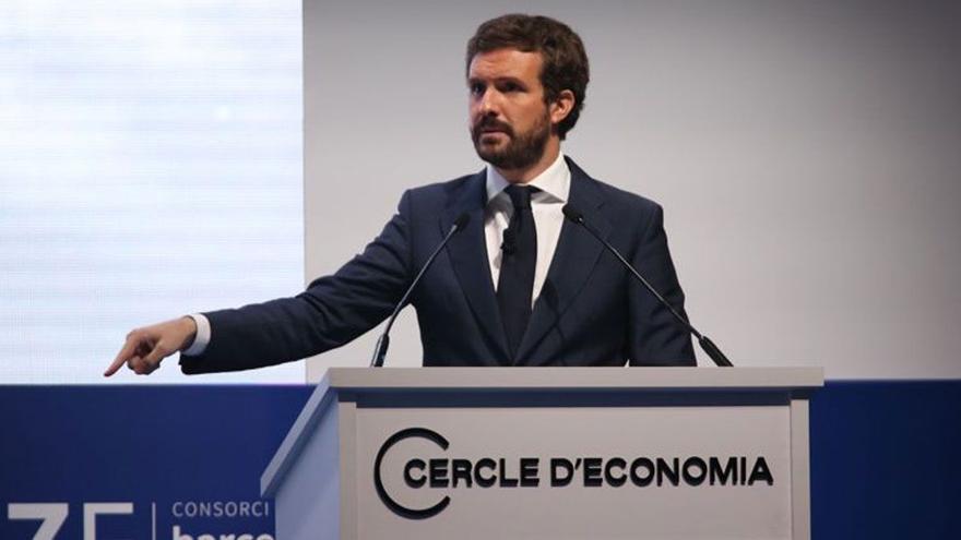 """Casado se revuelve y señala como """"cómplices"""" de los indultos a empresarios y obispos catalanes"""