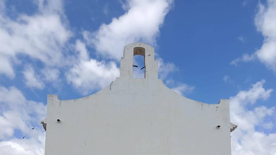 El robo de una campana de 200 kilos «pone en vilo» a la Cañada del Fenollar