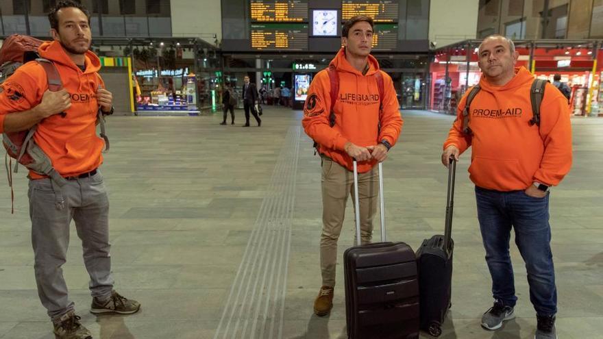 Tres bomberos sevillanos, a juicio en Lesbos por tráfico de personas