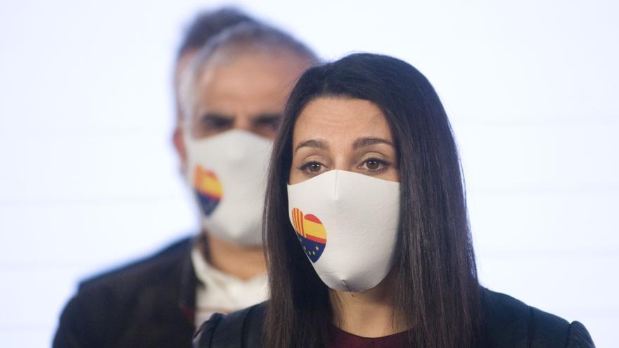 Ciudadanos cesa a dos consejeros de Barcelona críticos con la dirección del partido