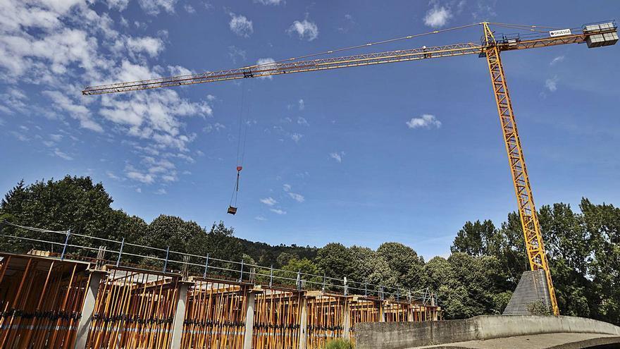 Casi 3 millones para el IPLA y dinero congelado para la Ópera y la Ronda Norte en Oviedo