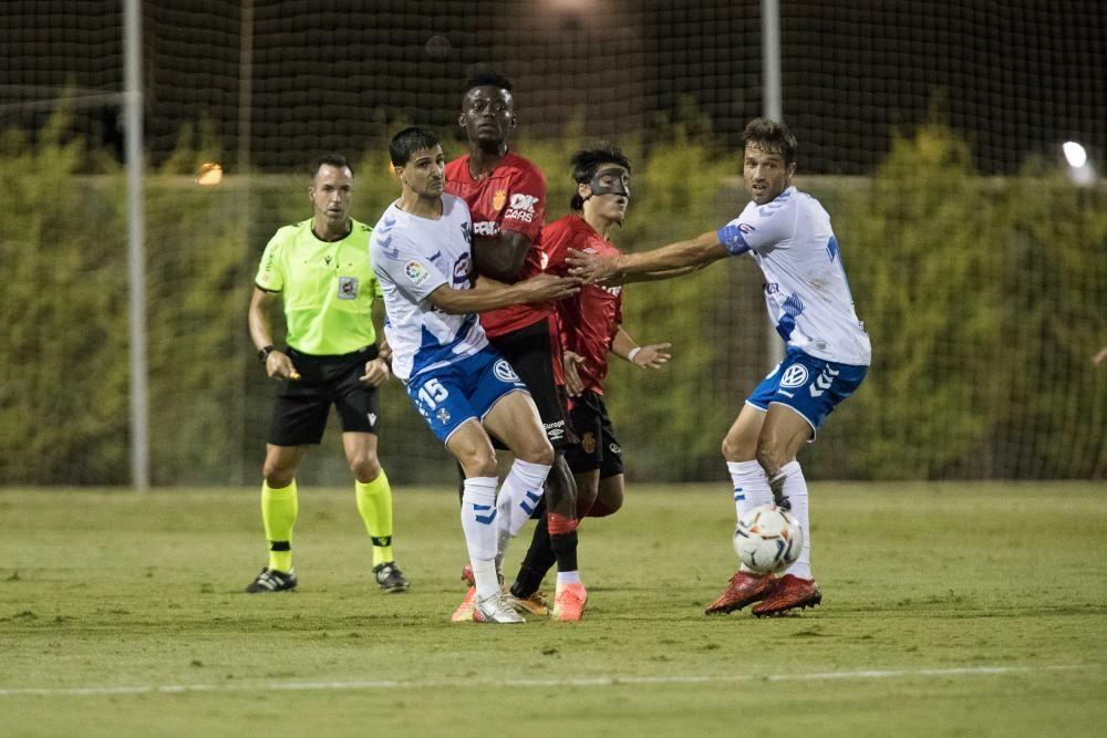 La calidad del Mallorca puede con el Tenerife (2-0)