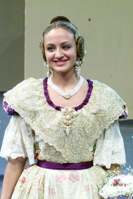 Corte 2002. Así conocimos a Sara Martín.
