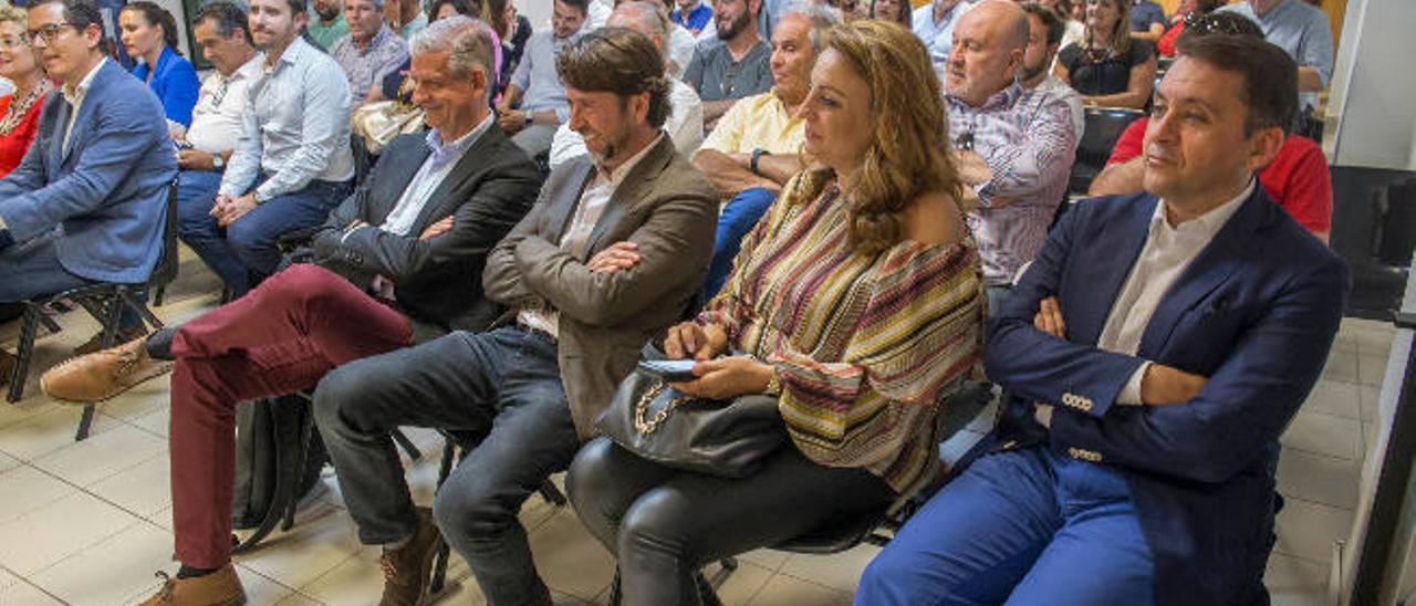 CC defiende que el posible aumento de diputados se decida en Canarias