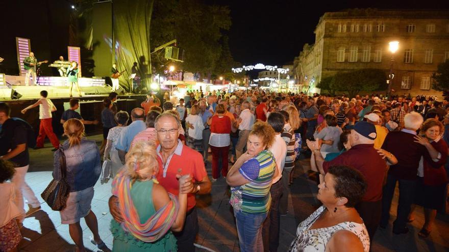 Pontevedra pide a la Xunta que aclare cómo se pueden retomar fiestas y verbenas