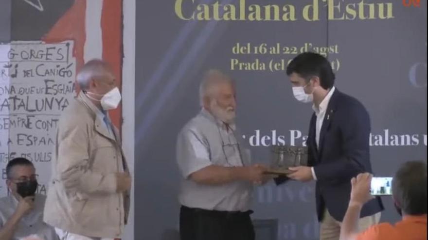 Joandomènec Ros (IEC) rep el Premi Canigó de la Universitat Catalana d'Estiu