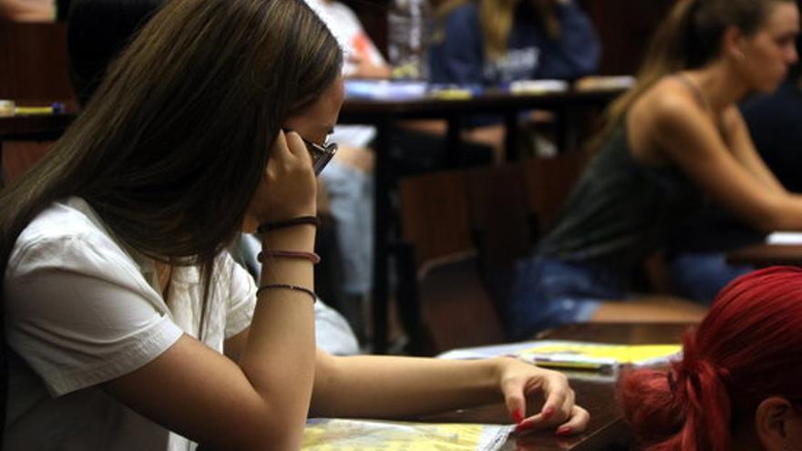 El Consell Local de Joventut de Figueres obre una aula d'estudi per a la selectivitat