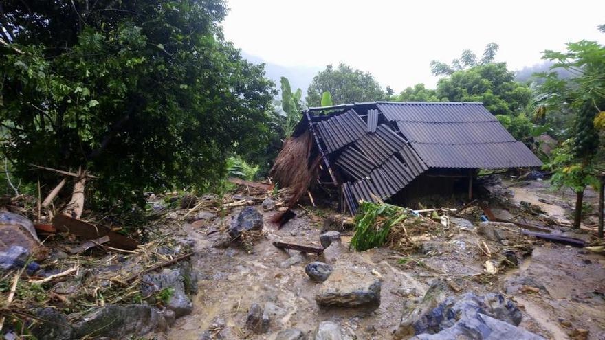 Las inundaciones en Vietnam provocan al menos 54 muertos y 39 desaparecidos