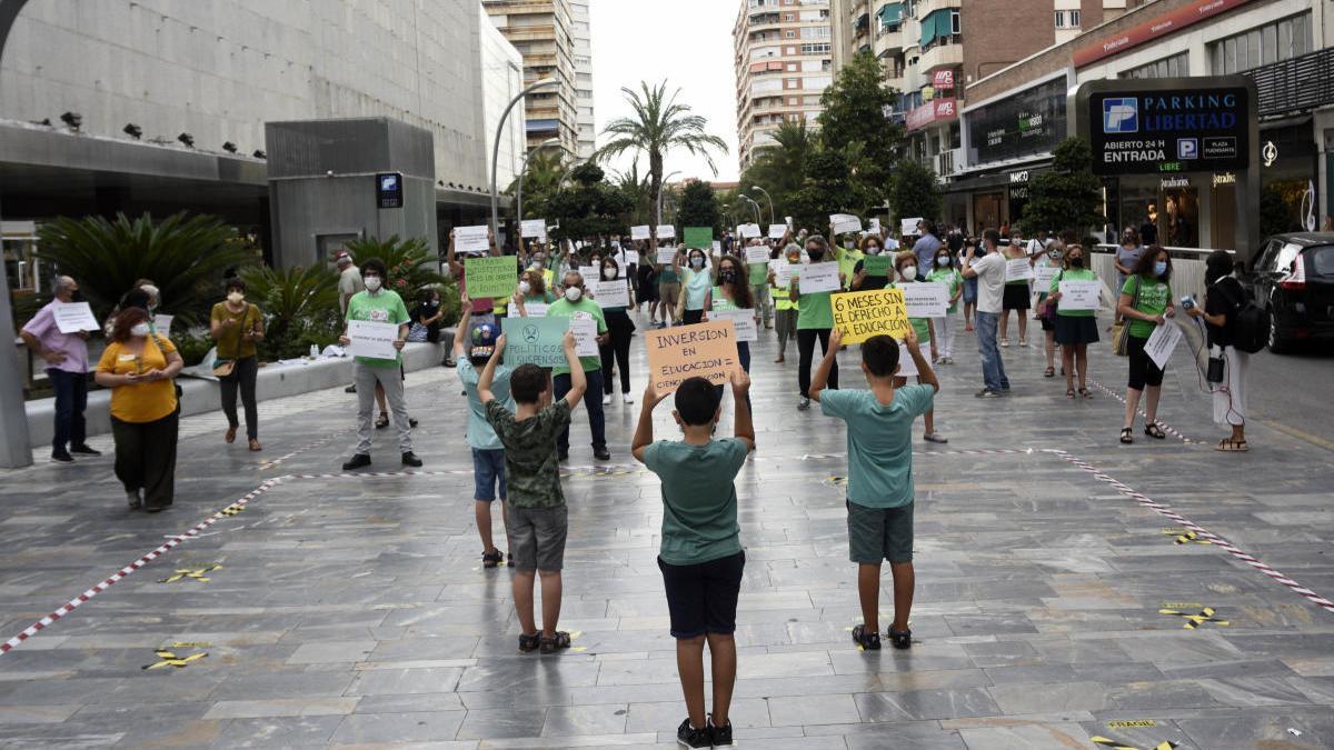 CC OO y Sterm irán a la huelga el 23 de septiembre para exigir una vuelta a las aulas segura