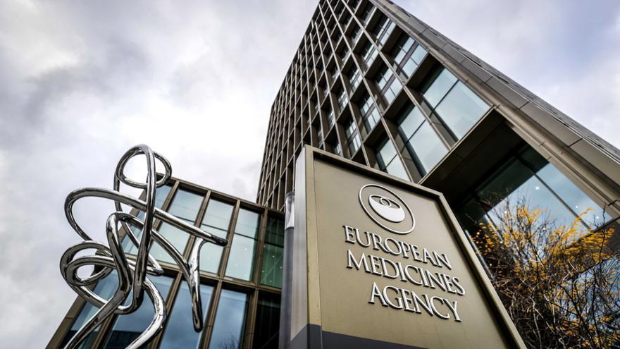 """La Agencia Europea del Medicamento considera que combinar vacunas es """"seguro y eficaz"""""""