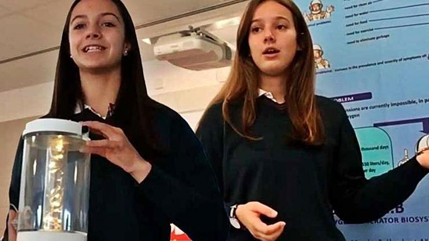 Dos alumnas de Las Acacias, primer premio de Galiciencia con un sistema de oxígeno para viajes espaciales