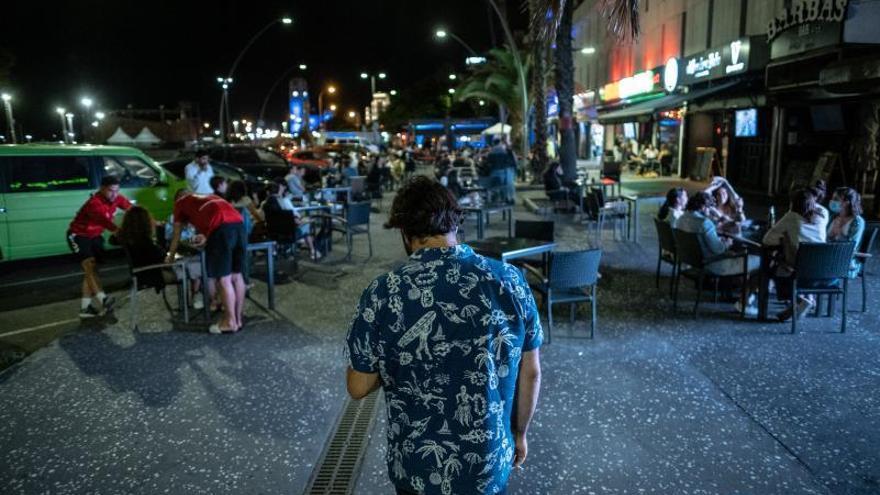 La situación «preocupante» de Tenerife frena la apertura de sus discotecas