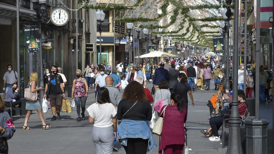 Denuncian una decena de robos en la zona de las calles Triana a San Bernardo