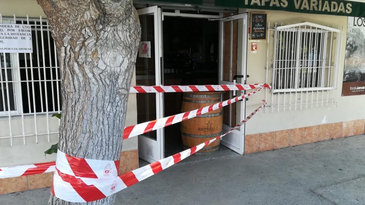 Denunciada tras abrir su bar en San José de la Vega durante el estado de alarma
