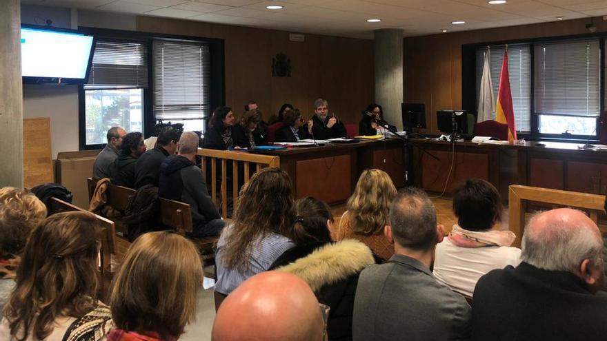 Penas mínimas en el juicio por la presunta campaña de boicot a un hostelero de Vigo