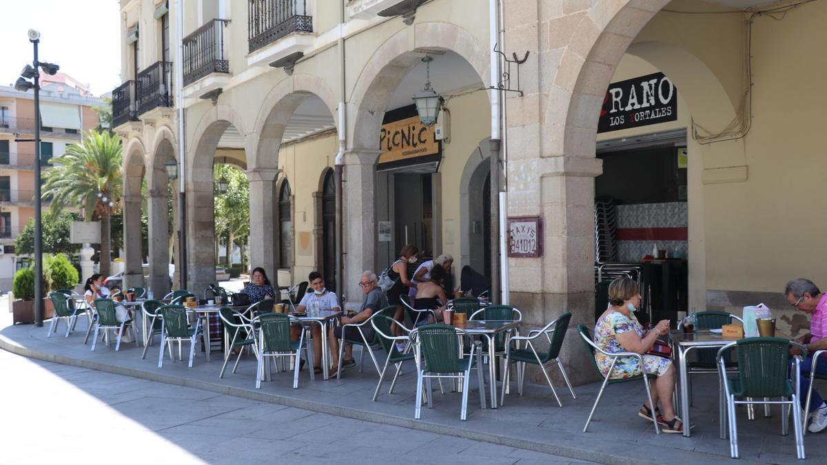 Se aprueba la nueva normativa de terrazas en Villanueva
