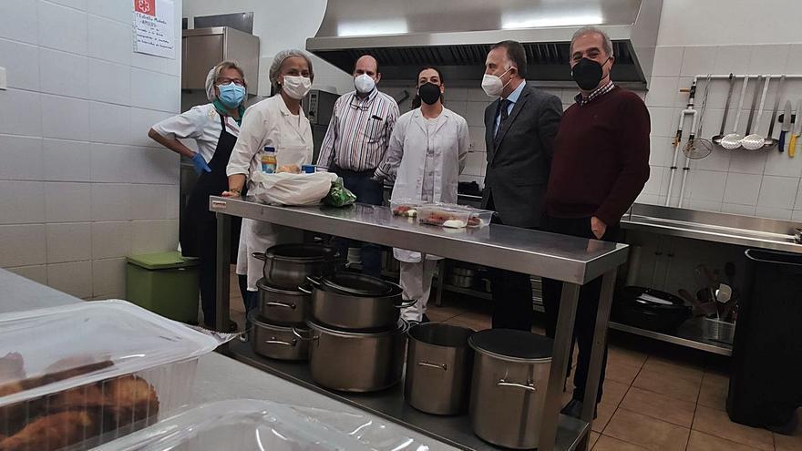 El comedor solidario de Mieres duplicó sus usuarios por la pandemia y llega al medio centenar