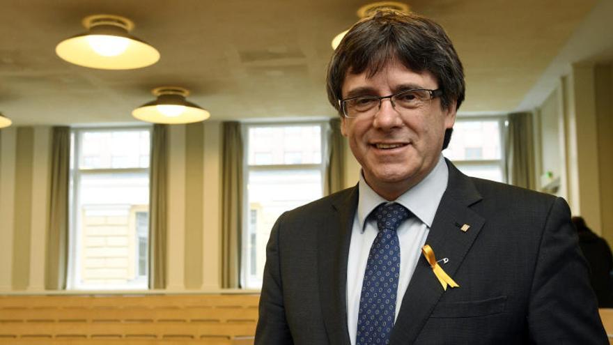 """Puigdemont, sobre Rovira: """"Es una buena decisión"""""""