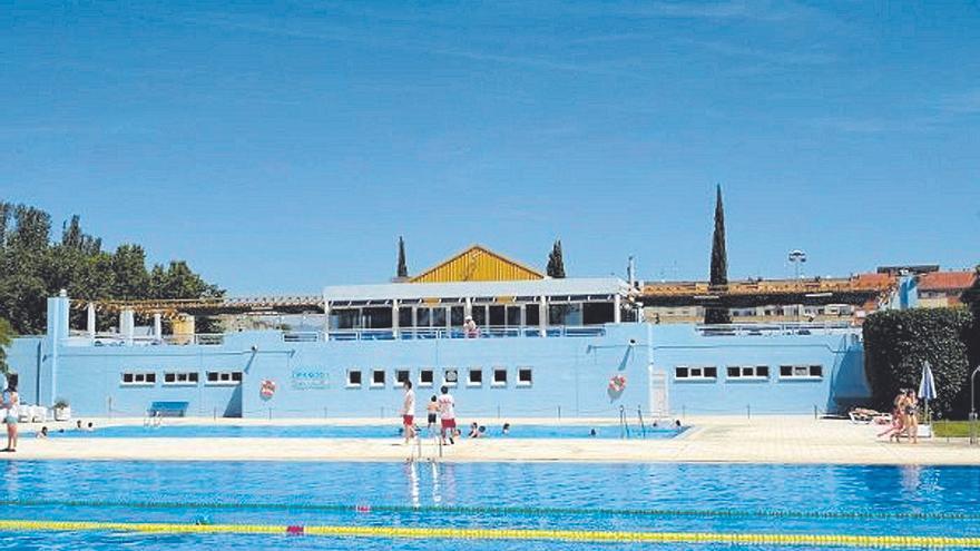 Las piscinas de verano de Huesca abrirán en junio pero con los aforos limitados