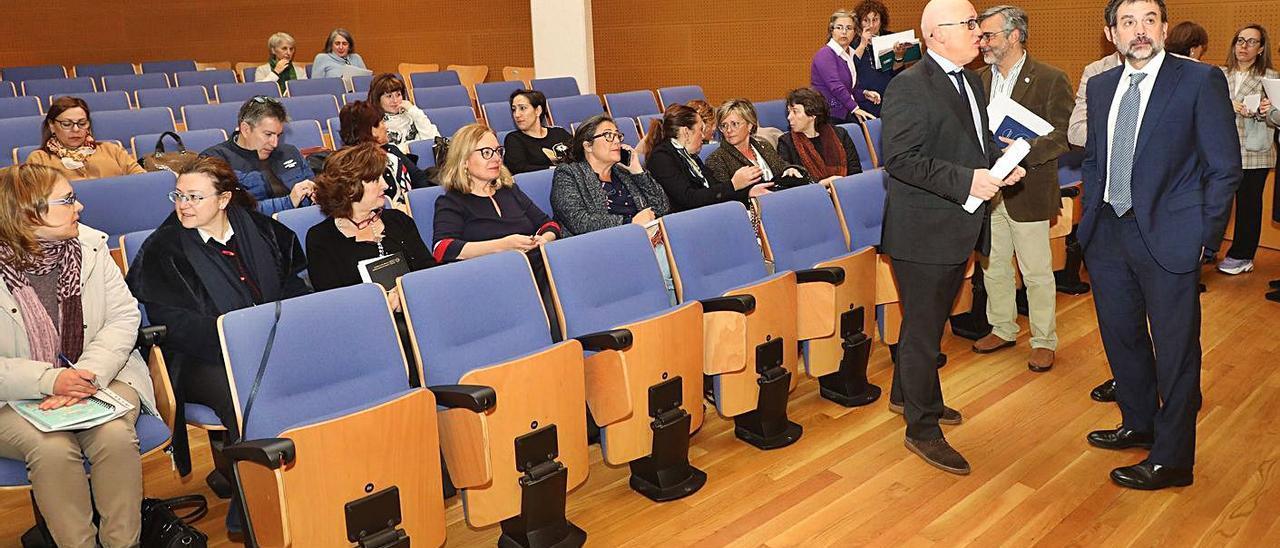 Reunión del Sergas con el personal sanitario, en 2019, sobre la reforma de la Atención Primaria. |   // X. ÁLVAREZ