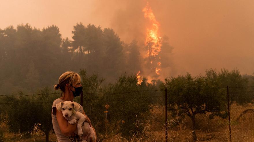 La ola de calor en el Mediterráneo agrava los incendios