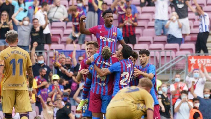 Paco López, contra las cuerdas (3-0)