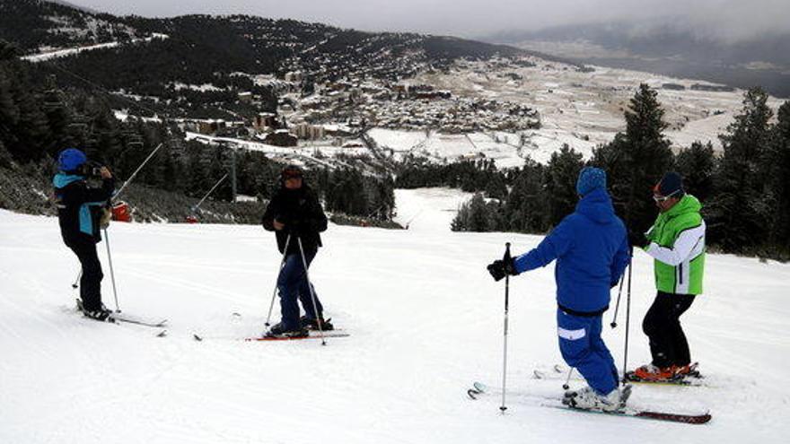 El volum d'esquiadors catalans a les estacions nord catalanes és del 25%