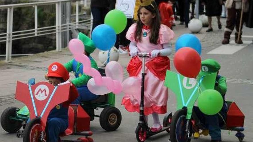 El Carnaval de Luarca espera por 800 disfraces