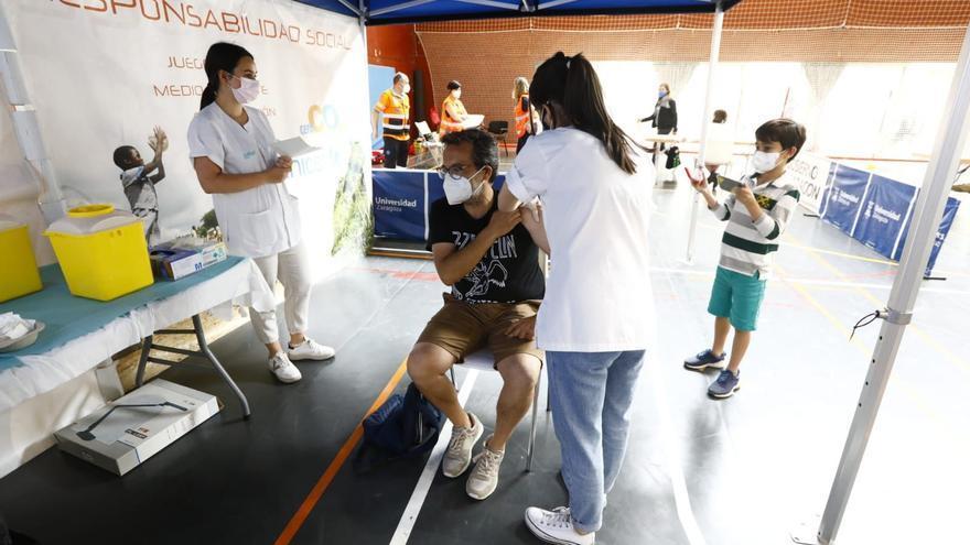 Aragón acelera este fin de semana la inmunización con vacunas de Janssen