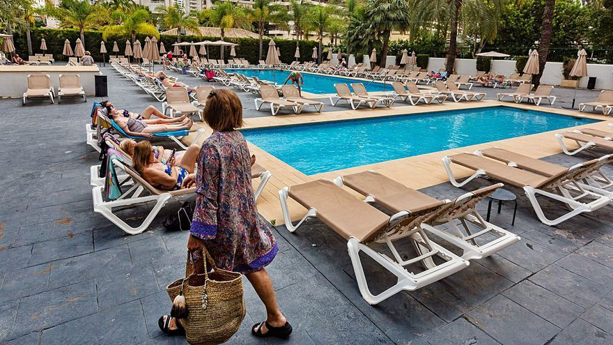 Hosbec no encuentra hoteles que quieran alojar a turistas con covid