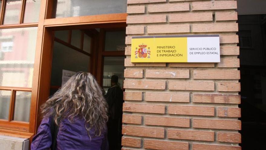 Denuncian que la plantilla del SEPE en Xàtiva se ha reducido un 50 % en un mes