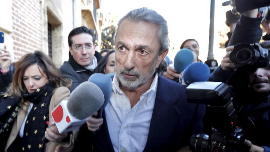 El juez procesa a 21 personas por las adjudicaciones a la trama Gürtel en Madrid