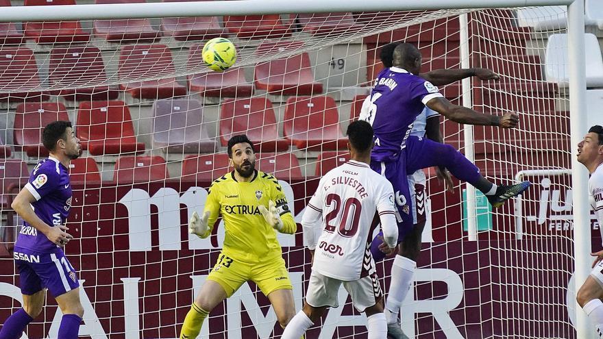 La crónica del Sporting: Babin toma el relevo de Djuka
